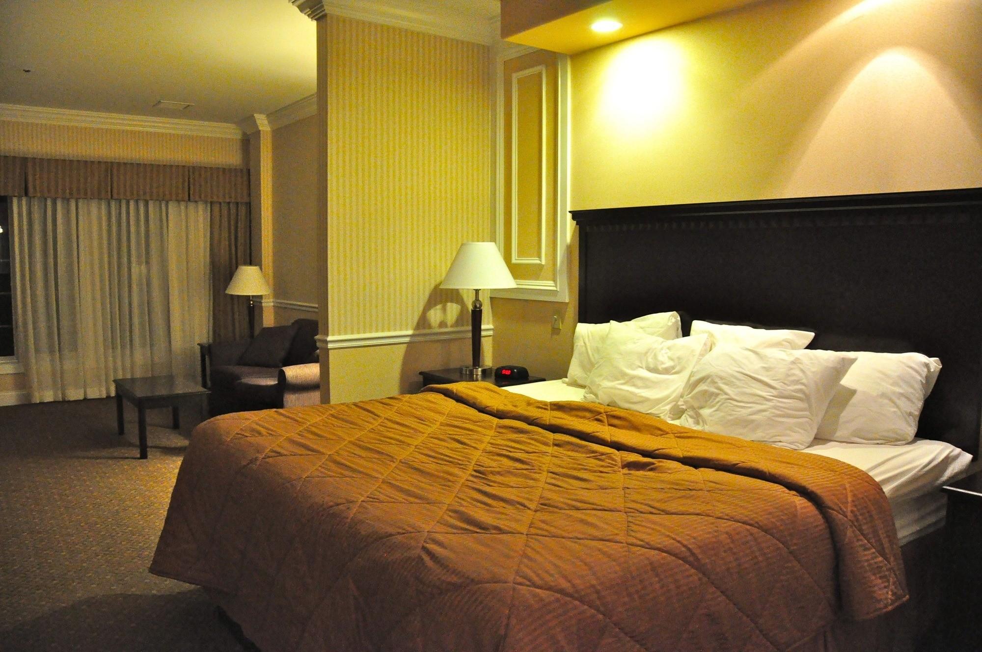 kid-friendly hotel plattsburgh