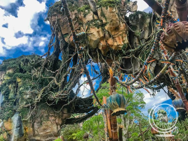 Floating mountains of Pandora