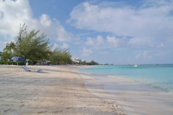 JetBlue Getaways to Grand Cayman