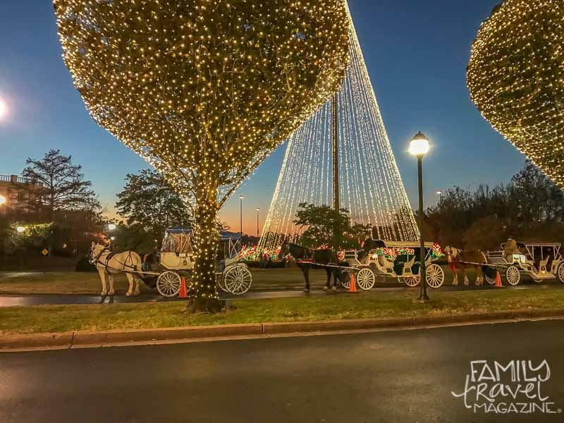 Opryland Christmas.Gaylord Opryland Hotel Christmas Events Family Travel Magazine