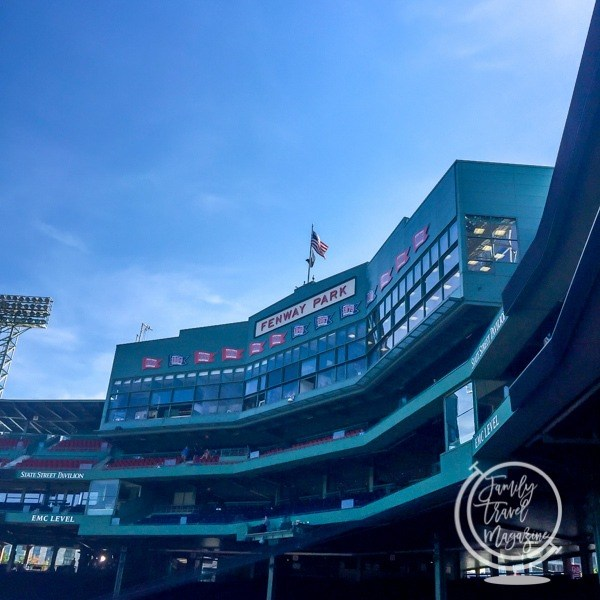 Vacation Spots for Sports Lovers: Fenway Park