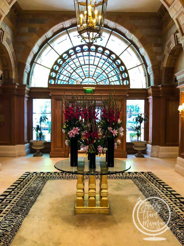 Entrance of the Landmark London Hotel