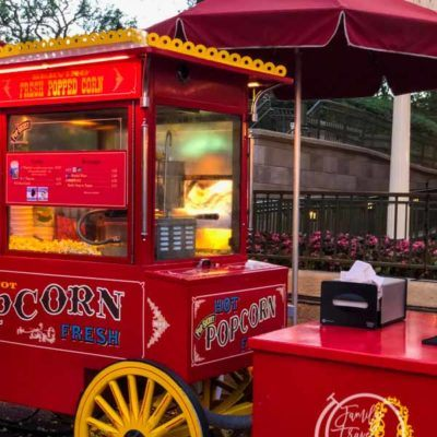 Magic Kingdom Dining: The Complete Guide