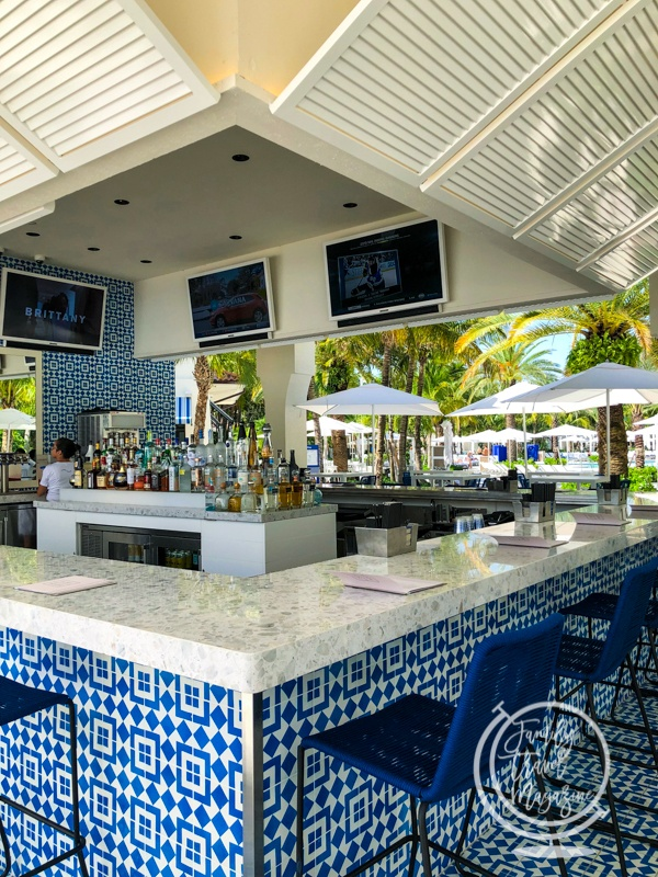 Surf House Bar and Grill at Tidal Cove Water Park