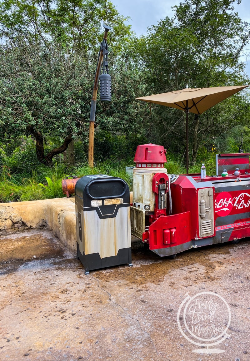 Refreshment stand at Galaxy's Edge