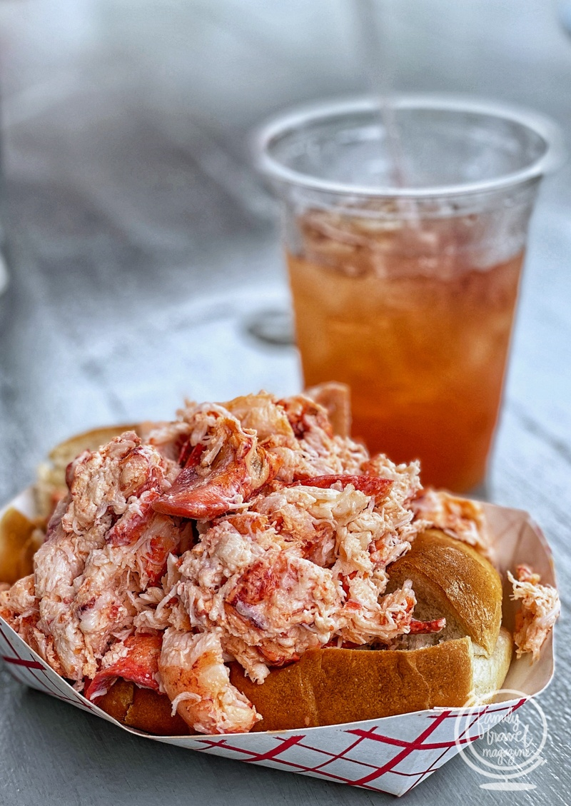 Giant lobster roll