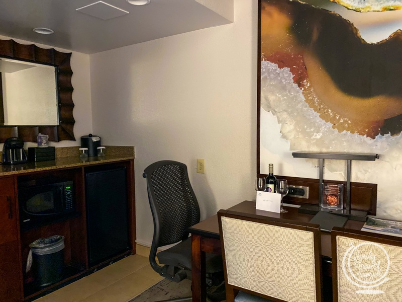 Desk space at the Embassy Suites International Drive Orlando